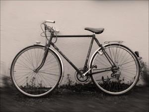 Bicyclette des années soixante toujours en service. Photo: PHB.Coopetic