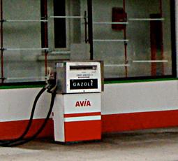 Une pompe à gazole à Quillan. Photo: PHB/Coopetic